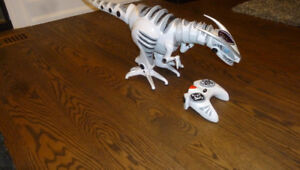 Walking Dinosaur with Remote Control