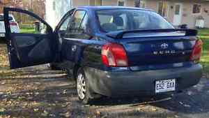 2001 Toyota Echo Berline West Island Greater Montréal image 1