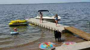 FLOATING DOCK $2,400 for a 30′ system