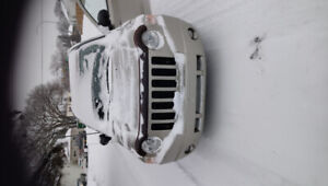 2010 jeep compass North edition 2.4 L only 103700km
