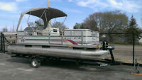 20 foot Pontoon Boat Motor and Trailer