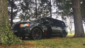2010 Ford Flex Limited SUV, Crossover