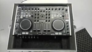 Denon DN-MC6000 DJ Controller with Power supply and USB Cable