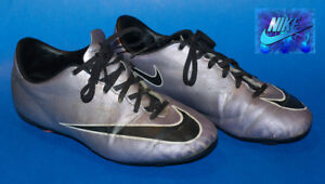 Souliers Soccer Nike Mercurial pointure 5.5 / soccer spikes shoe