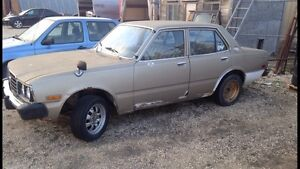 1977 TOYOTA CORONA SAVE ME FROM GETTING CRUSHED