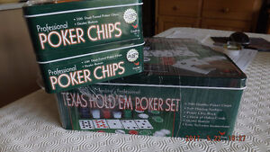 Cardinal's Pro Texas Hold'em Poker Set with 200 extra Poker Chip