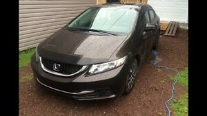 2014 Honda Civic ex... 19,000 kms like new