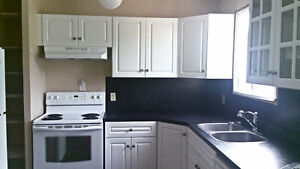 2 rooms for rent. $380 $450 all included.