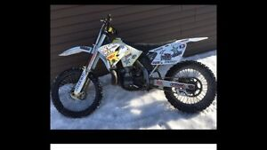 2007 RM 250 FORSALE OR TRADE!!