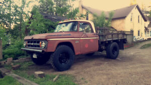 1969 w200 POWERWAGON