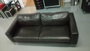 Chestnut Brown Couch (Chesterfield) 35x80x25 Inches, Pleather