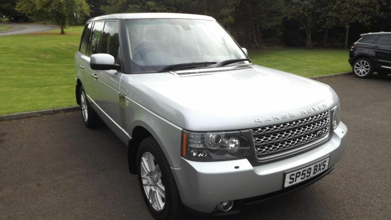 range rover land rover vogue 2010 silver 3 6 v8 auto. Black Bedroom Furniture Sets. Home Design Ideas