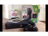 Xbox 360 slim: skyrim and forza edition