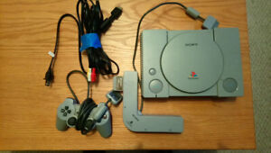 Playstation Console w/ Multi Tap