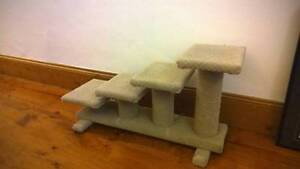 Dog steps carpeted 4 Clearview Port Adelaide Area Preview