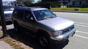 1998 Nissan Pathfinder SUV, fully loaded Chilkoot Edition