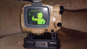 Fallout 4 Pipboy Collectors Edition PS4 (OPENED)