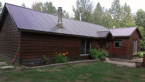 6.3 Acre - house and shop less than 2 miles from Drayton Valley