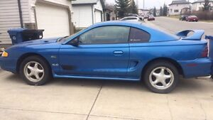 95 FORD MUSTANG GT (5 litre)