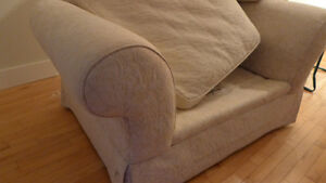 Over-sized Comfortable Love Seat