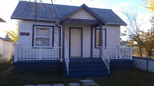 A 2 Bedroom House Close To Schools.