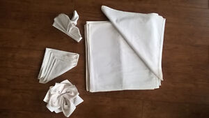 24 ALMOST NEW, LARGE,  WHITE COTTON NAPKINS, GREAT FOR CHRISTMAS