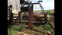 Cattle chutes and oiler