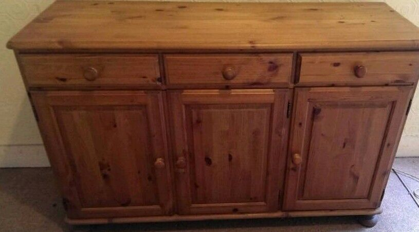 Dual Victoria Pine Sideboard