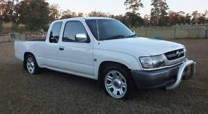 2003 Toyota Hilux Ute 2.7 EFI / LPG Extra Cab. Orangeville Wollondilly Area Preview