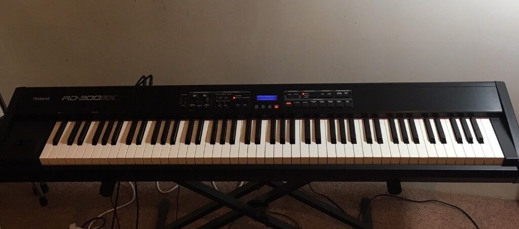 ROLAND STAGE PIANO 88 WEIGHTED KEYS
