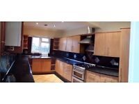 £1,100 PCM spacious 3 bedroom House on Hanover Street, Canton, Cardiff CF5 1LS