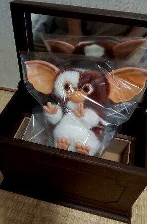 Gremlins Gizmo 2 Music Box Jun Planning Plush Doll Stuffed Toy Figure 2001 JUNK