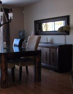 Buffet avec miroir pour salle à diner