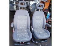 vw t5 driver and Passanger swivel seats captain seats