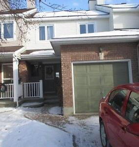 Townhouse for rent in Barrhaven