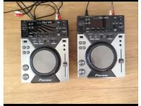 Paid of CDJ 400s (+traktor scratch+interface if wanted)