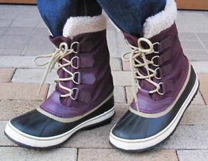 Sorel Winter boots  ----Almost New !!      -- -SIZE 8