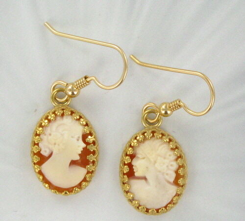 Vintage 16x12mm Shell Cameo Earrings Carved in Italy  14kt Rolled Gold Settings