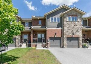 Executive 5 Years Old Townhouse For Lease in South West Barrie