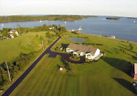 Outstanding Oceanfront With Stunning Views Mahone Bay