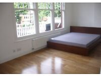 A modern first floor studio apartment with fitted kitchen and ensuite showeroom.The flat has its own