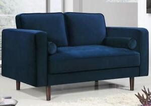 Pamula Loveseat **NEW**