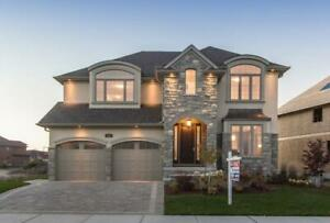 NEW LUXURY HOMES IN ANCASTER