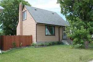 BEAUTIFUL THREE BEDROOM BUNGALOW IN ST. JAMES