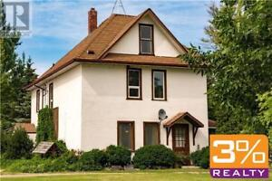 ANW//Charming home just minutes away to Brandon ~ by 3% Realty