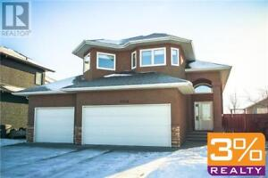 B09//Brandon/home w/ triple attached garage ~ by 3% Realty