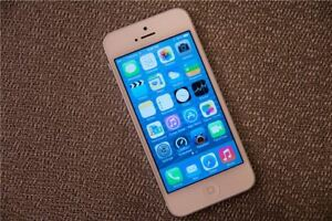 SOLD iPhone5s 16gb  with Fido, excellent condition, unlock