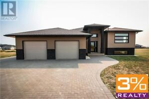 CSE//Shilo/STUNNING CUSTOM HOME on 2.49 acre lot ~ by 3% Realty