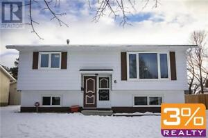 A03//Brandon/Great family home in Riverheights! ~ by 3% Realty