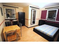 NEW HUGE ROOM of HIGH STANDARD in AMAZING LOCATION !